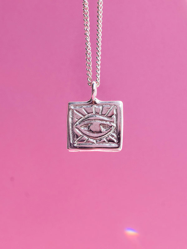 Square eye necklace