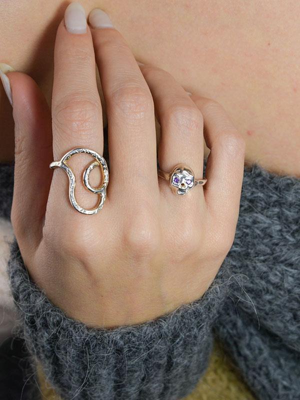 Amethyst sterling silver skull ring