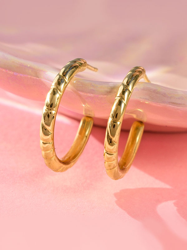 Thick wire hoops