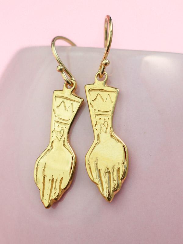 Hands earrings