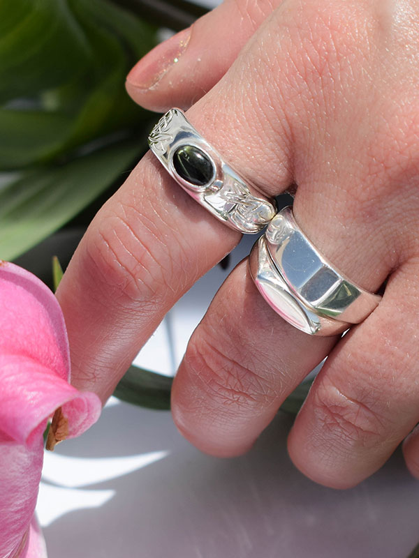 Thin silver signet ring