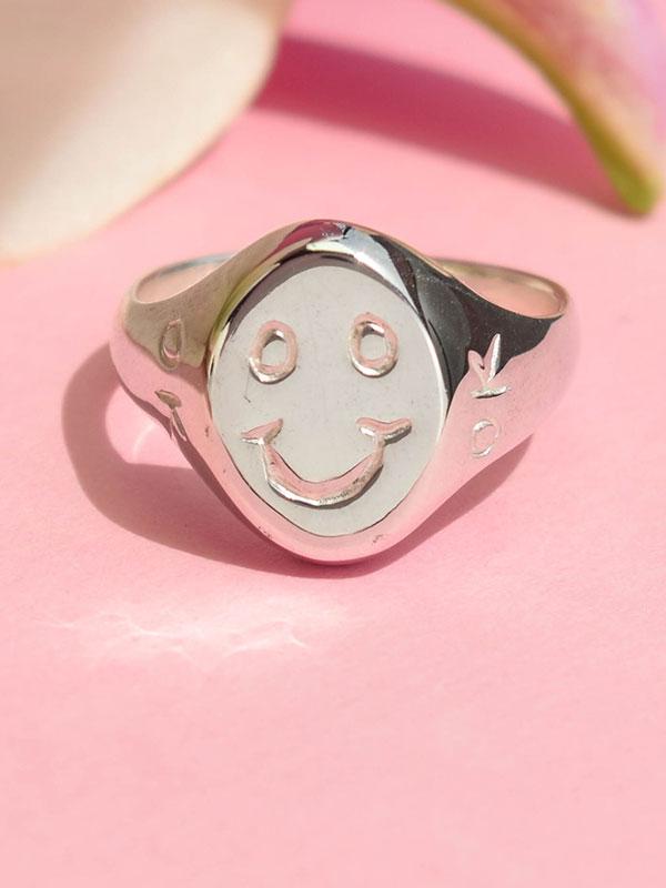 Οκ χαμόγελο δαχτυλίδι