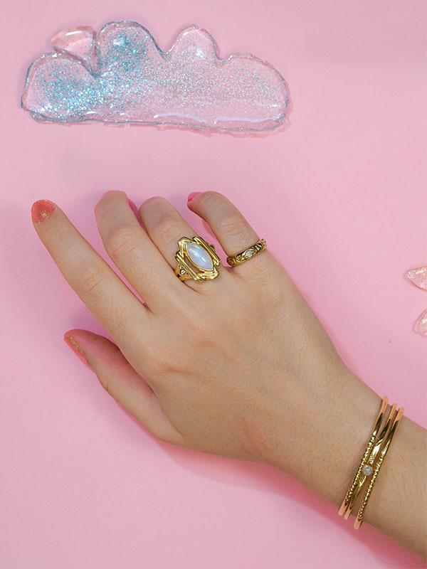Small stone bangle