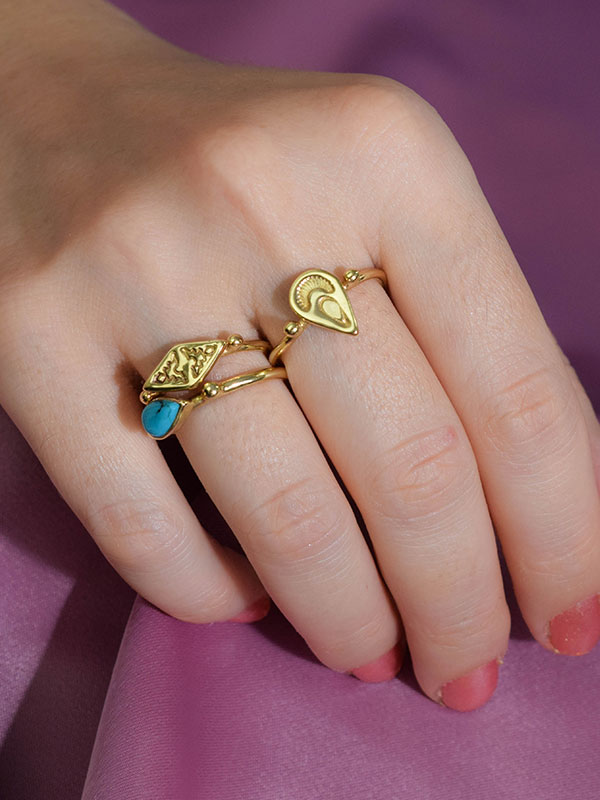 Small stone stacking ring