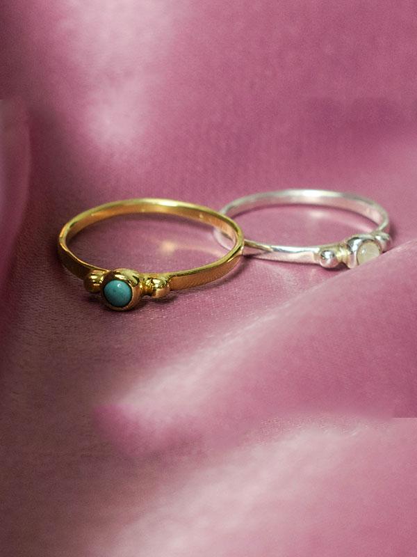 Minimalist stone ring
