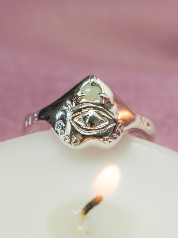 Ouija ring